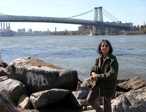Yuko Nii and the Williamsburg Bridge